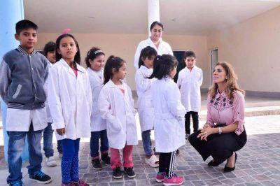 La Gobernadora inauguró el nuevo edificio de la Escuela Nº 510 Abrita Grande