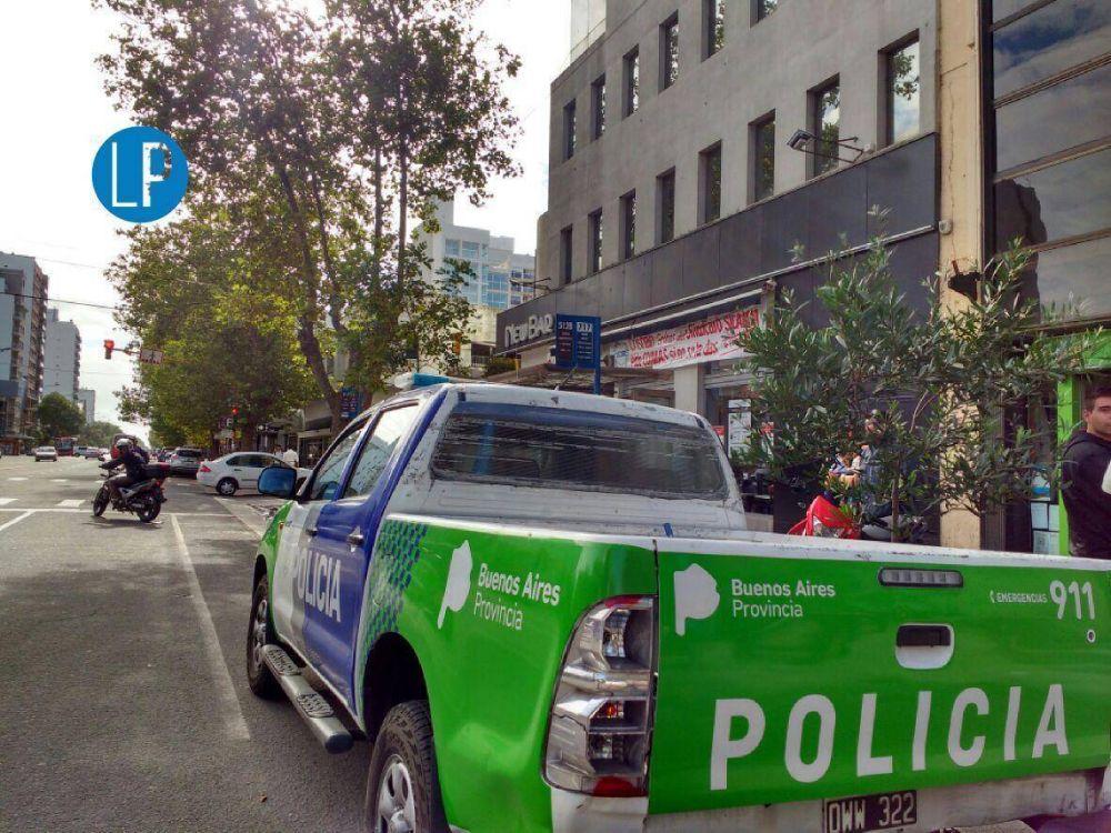 [#DeMalGusto] Gremios denuncian aprietes policiales a repartidores de New Bar