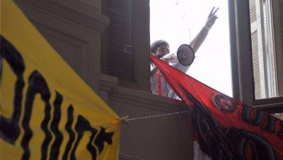 El militante peronista del megáfono hizo una denuncia penal contra la Juventud Pro