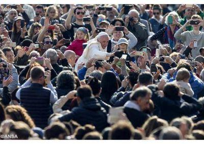 """Catequesis del Papa: """"demos razones de nuestra esperanza con el testimonio de vida"""""""