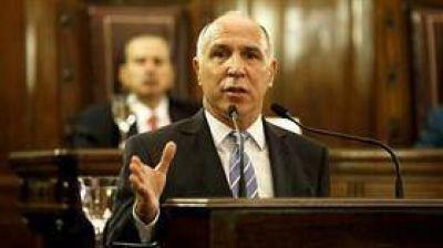 Elisa Carrió presentó en el Congreso el pedido de juicio político contra Ricardo Lorenzetti