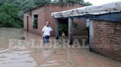La Gobernadora agradeció al Gobierno Nacional las donaciones para los evacuados