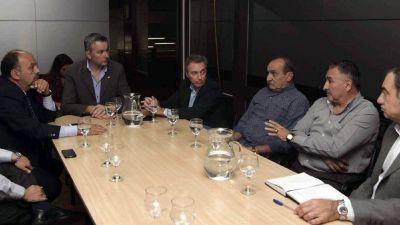 Paro con servicio mínimo de micros en Mendoza