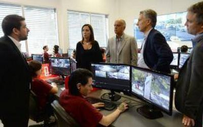 Macri y Vidal supervisaron el funcionamiento del SAME en Lanús