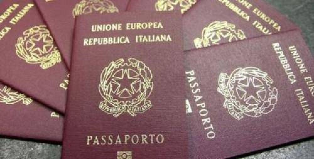 ¿Por qué demoran tanto los turnos para la ciudadanía italiana?