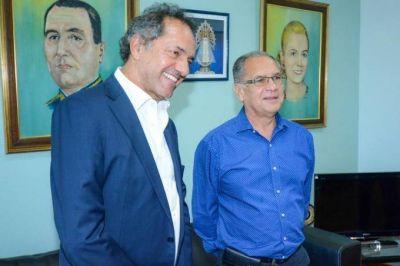 "Scioli volvió a mostrarse con Descalzo y estrenó consigna: ""unir e integrar"""
