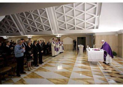 Homilía del Papa: Pensar en la fidelidad de Dios