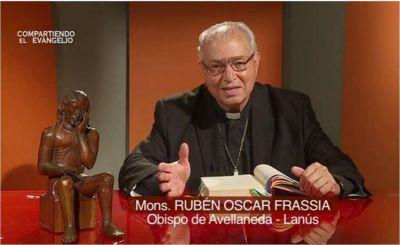 Mons. Frassia: El Señor viene a liberarnos de nuestras ataduras