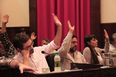 Se aprobó el pedido de interpelación a Tagliaferro