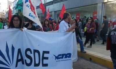 El paro nacional en San Luis finalizó con una marcha por el centro