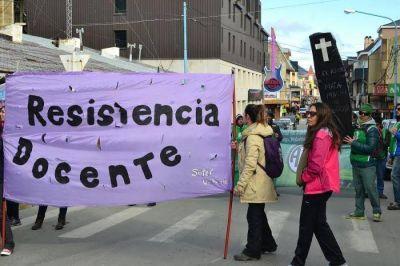 Desde Ushuaia piden cierre inmediato de las importaciones e impuestos para los monopolios