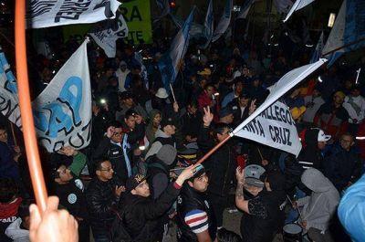 """CGT Regional Santa Cruz tildó de """"exitoso"""" el paro nacional"""
