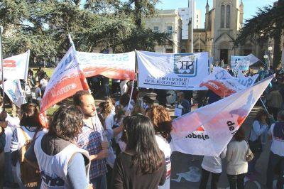 Con protestas y amenazas, se llevó a cabo el paro general de la CGT en Junín
