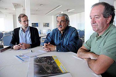 Impulsan obras en el microcentro, la costa y las plazas de cuatro barrios