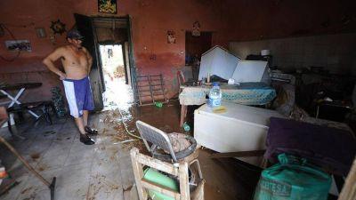 Anuncian subsidios de hasta $ 25.000 para las familias afectadas por las inundaciones en el sur