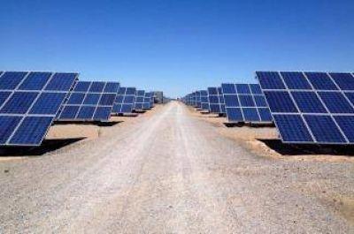 Confirman que la construcción de un nuevo parque solar creará más de 1.000 puestos de trabajo