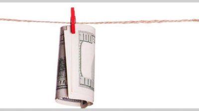 Por el blanqueo, Argentina bajó 50 puntos básicos su costo de fondeo en 15 días