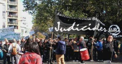También los judiciales se le plantan a la gestión Vidal