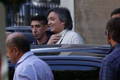 Máximo y Florencia Kirchner apelaron sus procesamientos