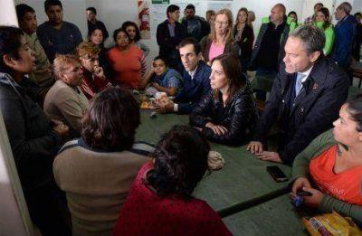 Inundaciones: la gobernadora Vidal estuvo en la ciudad de Junín y visitó un Centro de Evacuados