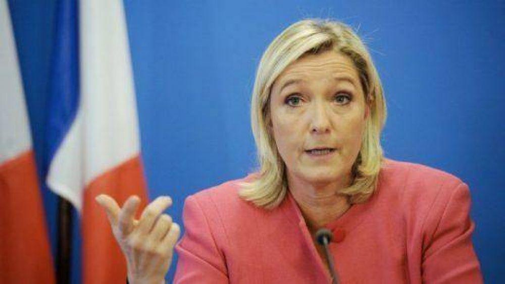 """Marine Le Pen: """"Francia no es responsable de la deportación de judíos en el Holocausto"""""""