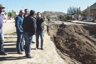 El administrador del ENOHSA recorrió los sectores más afectados por las lluvias