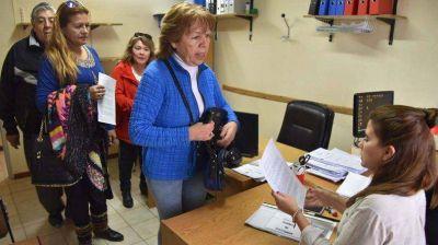 Jubilados denuncian penalmente al Gobierno por incumplimiento salarial
