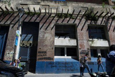 Sin mayoría, Alfaro retarda la venta de un edificio municipal