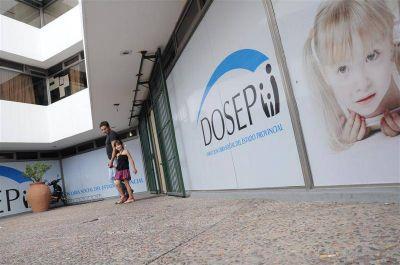 Médicos cobran un plus de 100 pesos a afiliados a DOSEP