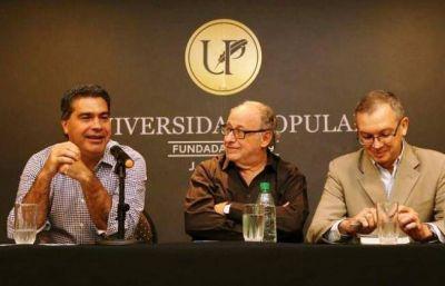 Capitanich presentó el libro de Wainfeld sobre Néstor Kirchner