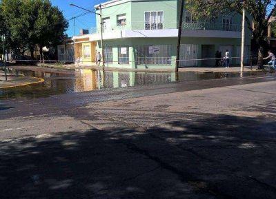 """Intendente Martínez: """"Estamos confiados que va a llegar al límite pero no se va a desbordar"""""""