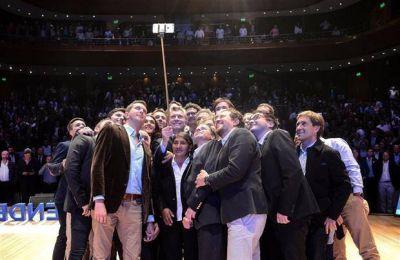 Macri redobló la arremetida contra los docentes y los acusó de no cumplir la ley