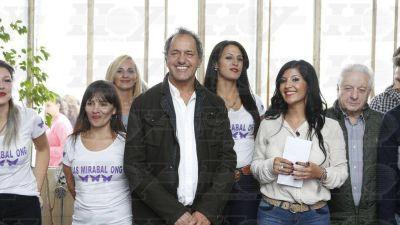 En La Plata, Scioli llamó a la unidad del peronismo