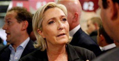 Le Pen niega implicación de Francia en redadas de judíos