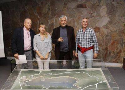 Presentaron una maqueta con las mejoras que le harán al dique Cruz de Piedra