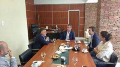 Invertirán $110 millones en repavimentar calles de Rivadavia