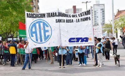 """ATE repudió """"aprietes"""" de dos funcionarios municipales"""