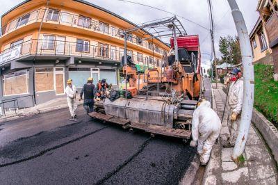 Inició la pavimentación del segundo tramo de la calle Gobernador Paz