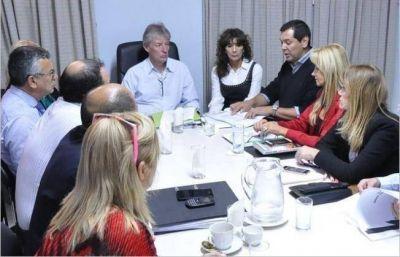 Cristian Ocampo se reunió con diputados del PJ por el presupuesto