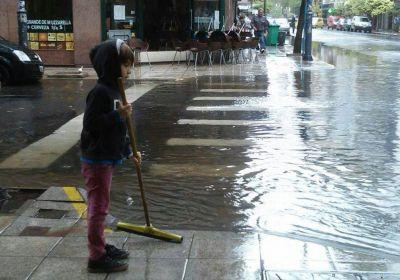 Lanzan créditos para los comerciantes inundados