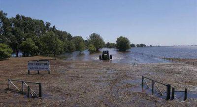 El agua sigue subiendo en General Villegas y crece la tensión con La Pampa