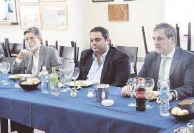 La CGT convalidó la propuesta del Gobierno de establecer negociaciones sector por sector