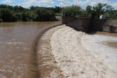 El Gobierno reunirá a un comité de emergencia hídrica y promete invertir mil millones de pesos