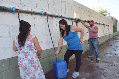 En el Valle y Madryn no habrá agua potable hasta el domingo