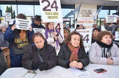 Los jubilados denunciaron a Alicia Kirchner ante el Inadi