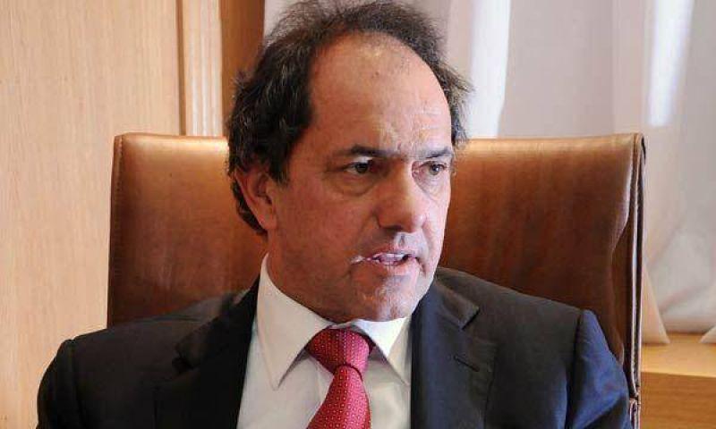 """Daniel Scioli pide """"despolitizar el conflicto del campo"""""""