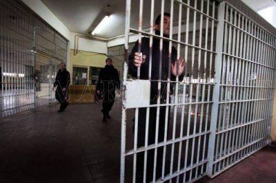 """Provincia reconoce """"situaciones muy complicadas"""" en la cárcel de Batán"""