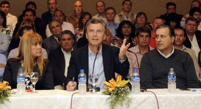 Rosas rompe con Macri, impone su lista para octubre y excluye a Cambiemos