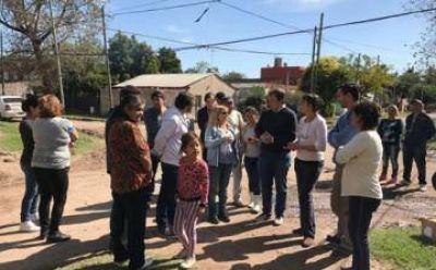 Cascallares recorrió Burzaco y Ministro Rivadavia