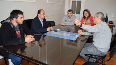 Reunión con el Comisario Lacunza, ante el inminente egreso de los primeros Oficiales de Policía de Prevención Local